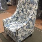 white-grayflower-single-lounge